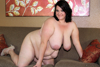 Scale Bustin Babes chubby girl